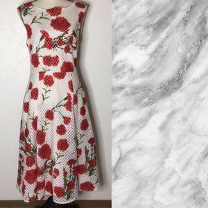 Betsey Johnson Floral Size 10 Sleeveless Dress